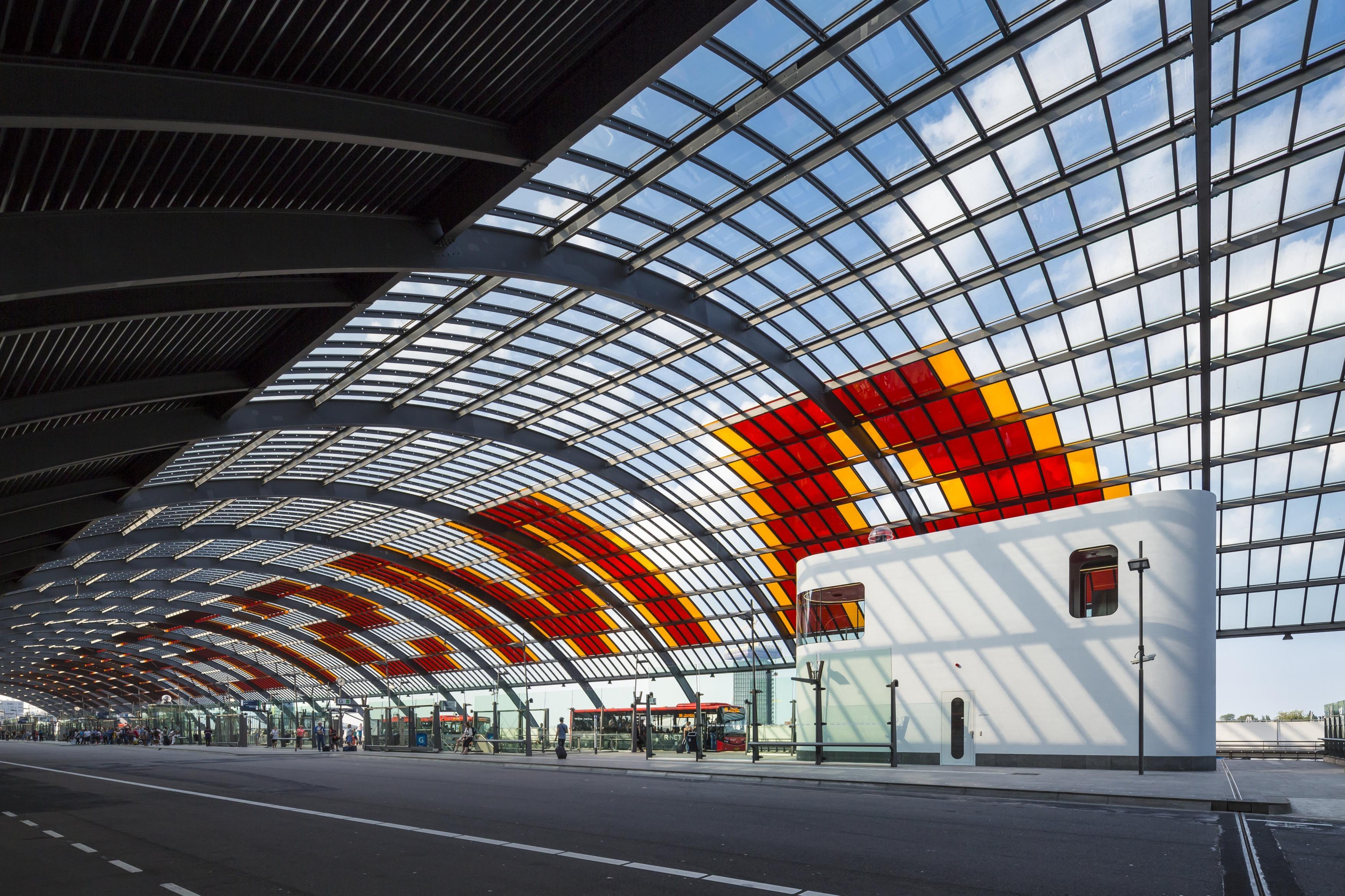 426 003 Chauffeursruimte busstation amsterdam Centraal N19 a4