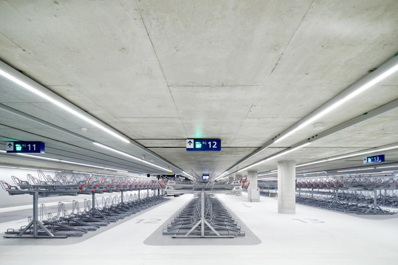 440 Spoorzone Delft N10 medium