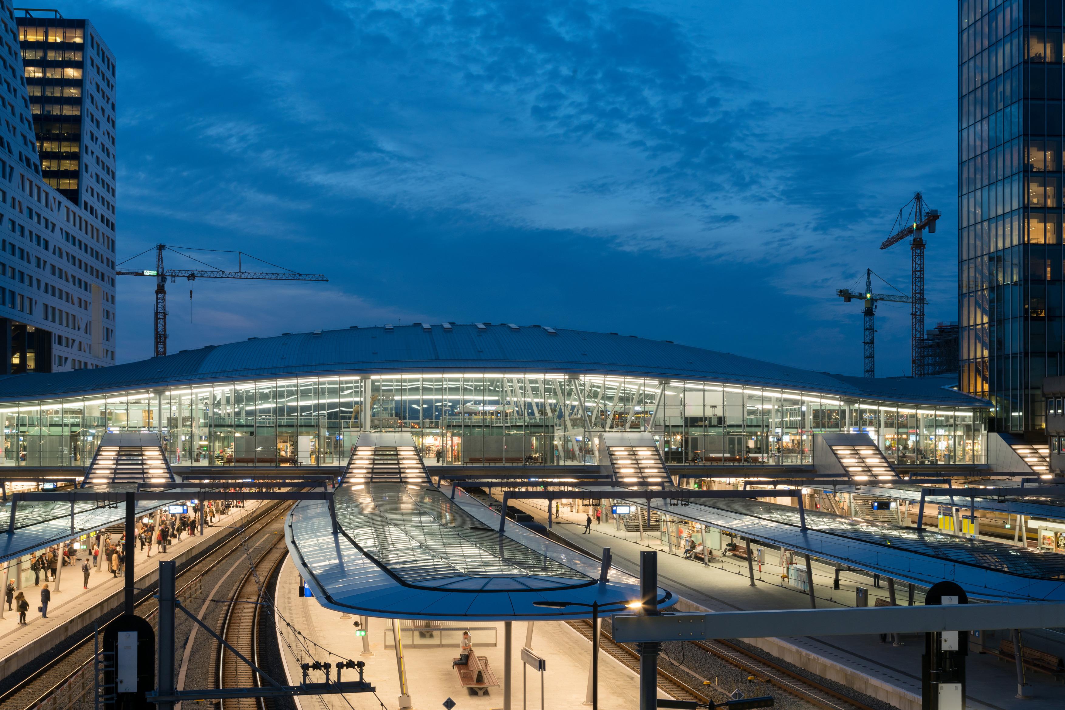 483 OVT Utrecht Centraal N58 a4
