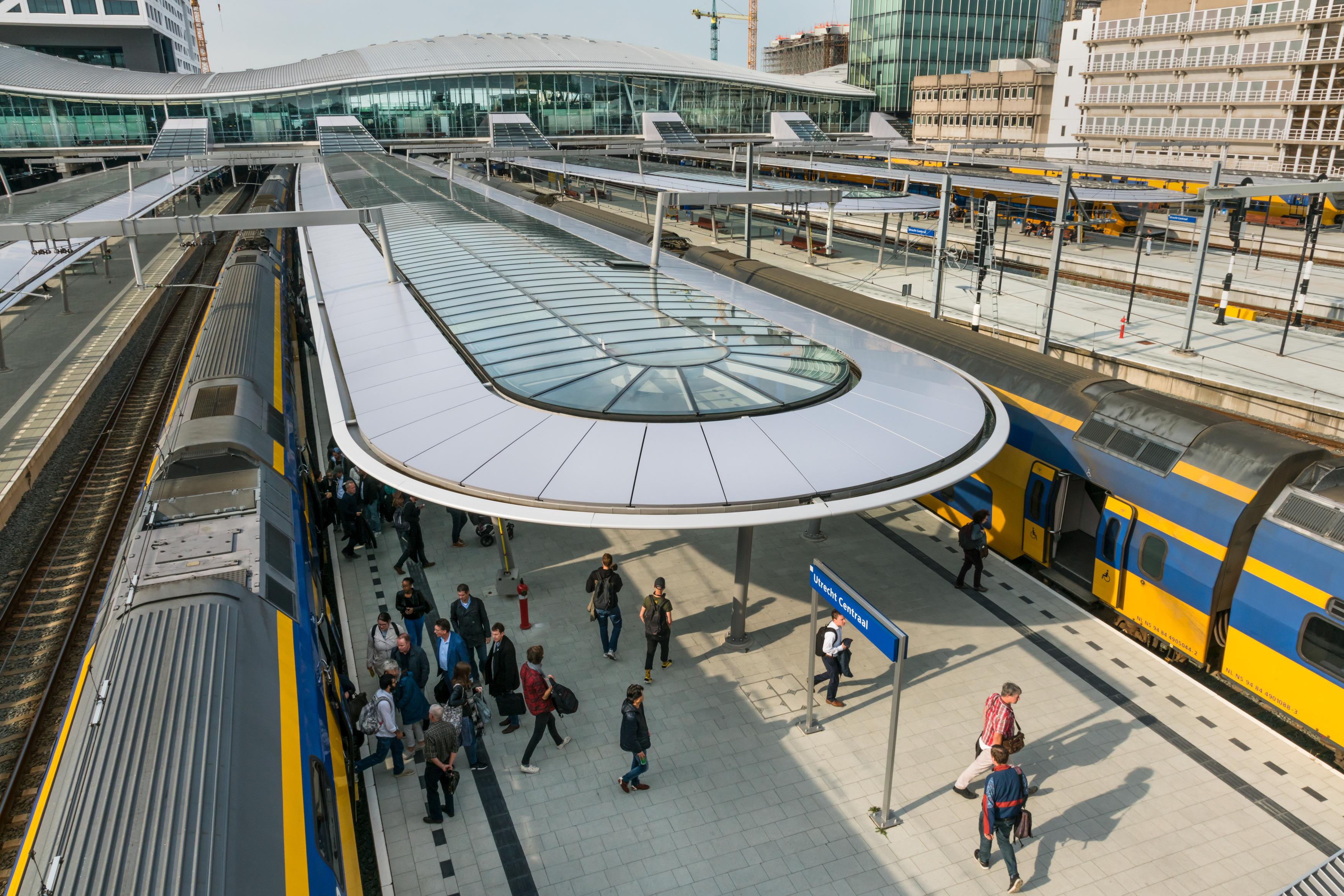 483 OVT Utrecht Centraal N68 a4