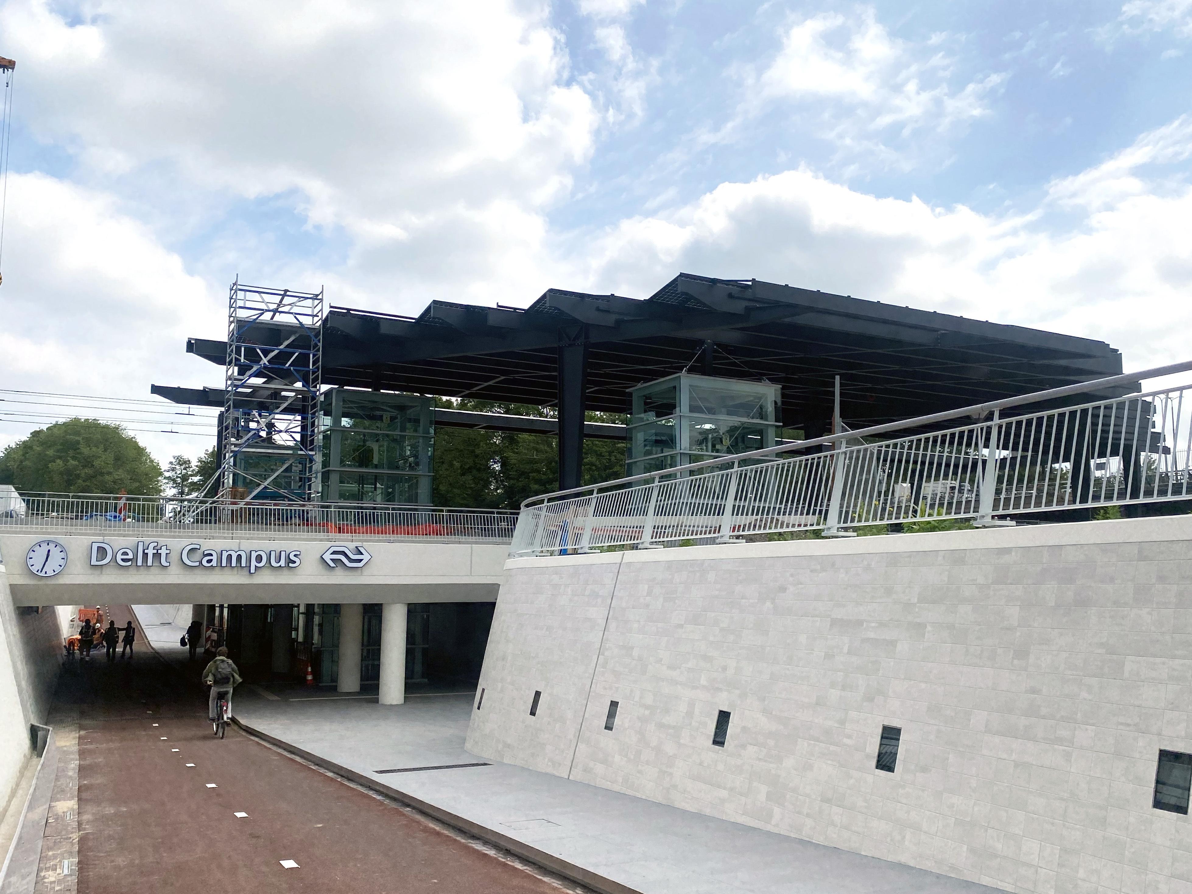 Delft campus tunnel hr